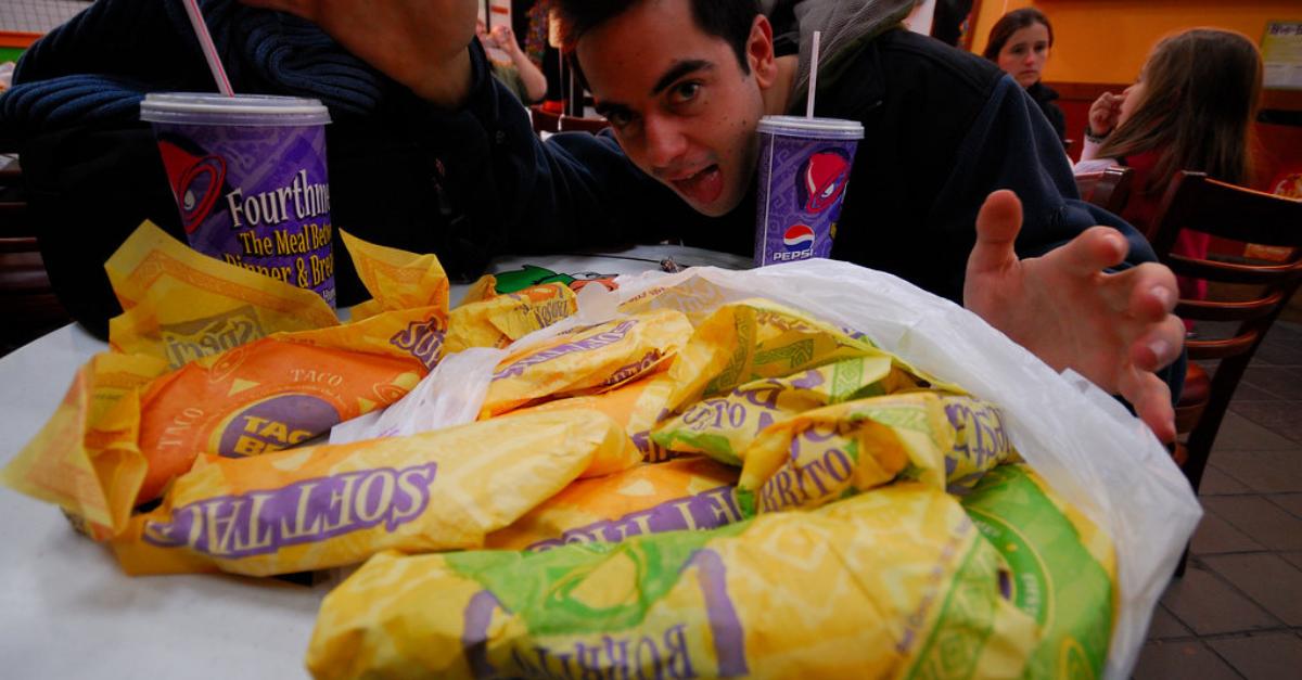 Taco Bell Closing Rumor False Meat