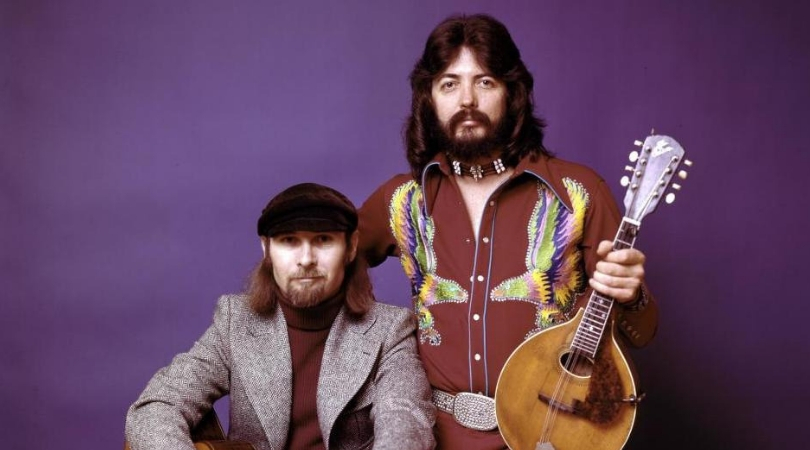 "Seals & Crofts' ""Summer Breeze"" Isn't Just a Summer Ode, Here's What It Means"