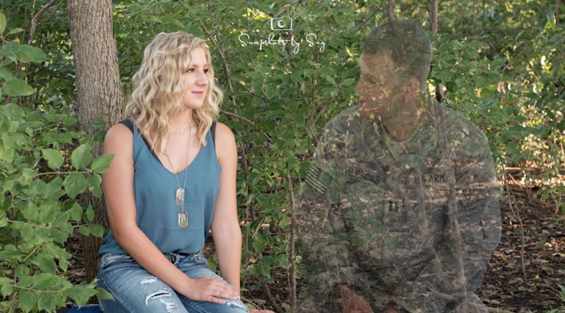 Teen Uses Senior Photo Shoot To Honor Father Killed in Afghanistan