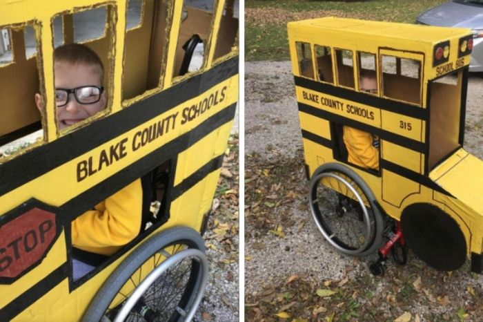Grandfather Makes Custom Halloween Costume for 5-Year-Old in Wheelchair