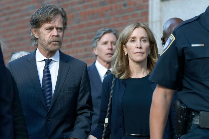 Desperate Housewives Actress Felicity Huffman Gets 14 Days in Jail for Bribing Her Kid into College