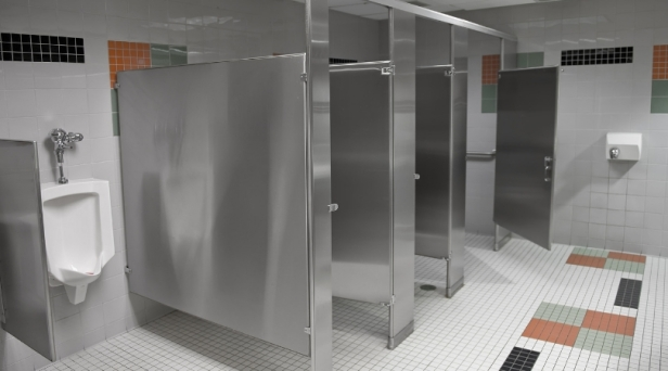 School Removes Bathroom Stall Doors to Stop Students From Vaping