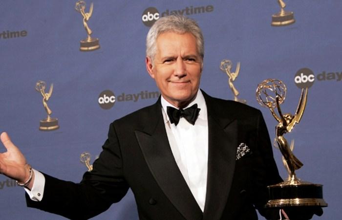Alex Trebek Returns to 'Jeopardy!' After Cancer Treatment