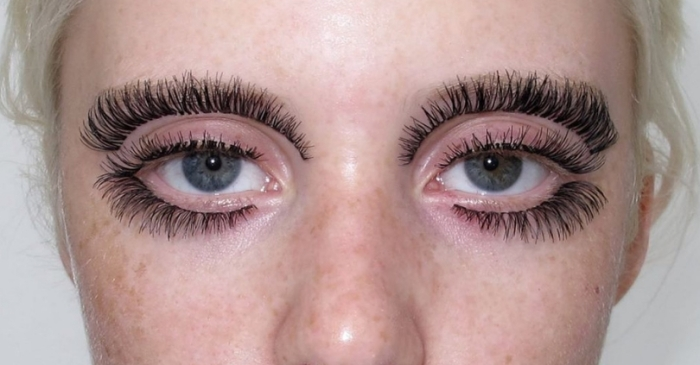 Women are Gluing Fake Eyelashes on Their Eyebrows and Calling it Fashion