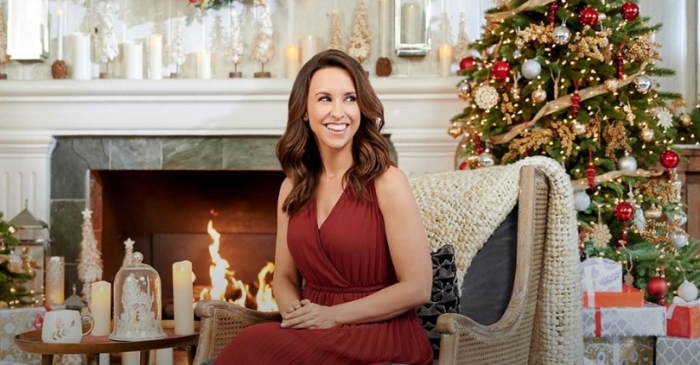 """Hallmark's """"Christmas to Countdown"""" Lineup Includes 40 New Movies"""
