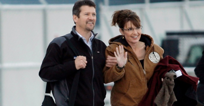 Sarah Palin's Husband Seeking Divorce from Former VP Candidate