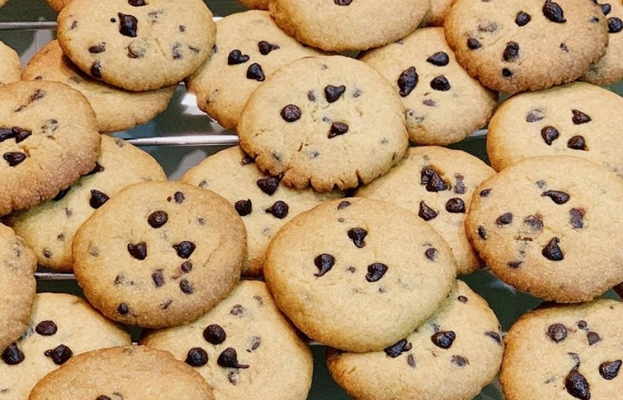 Study Shows Chocolate Chip Cookies as Addictive as Cocaine Thanks to Dopamine