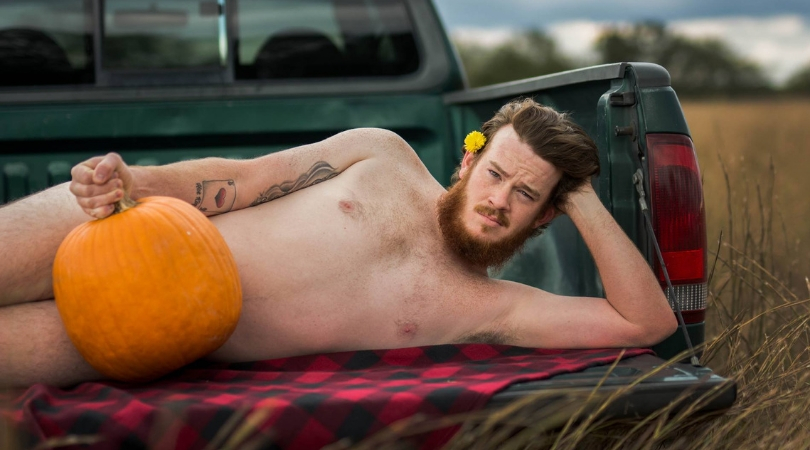 Husband's Pumpkin-Themed Dudeoir Shoot for His Wife Certainly Spiced Up The Mood