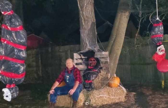 Homeowner Slammed as Racist For Hanging Halloween Decoration
