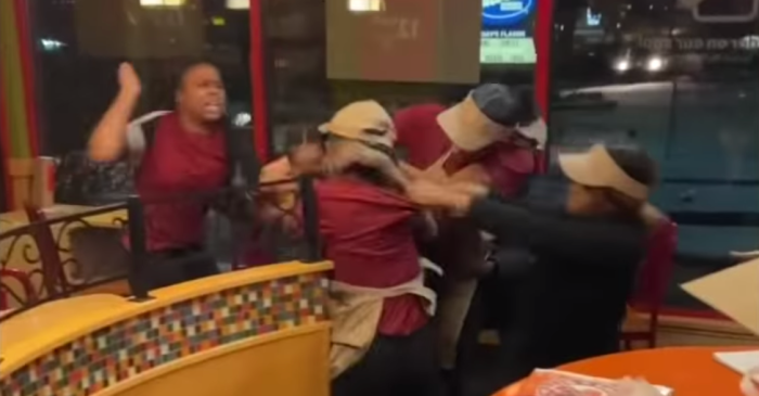 7 Popeye's Workers Get into Massive Brawl In Restaurant as Customers Watch