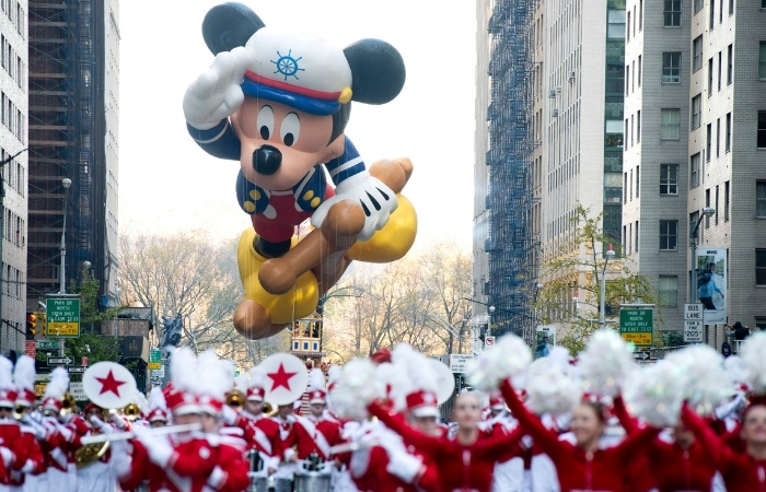 Macy's Thanksgiving Day Parade May Not Have Balloons This Year