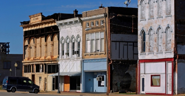 How Cairo, Illinois Slowly Became a Ghost Town