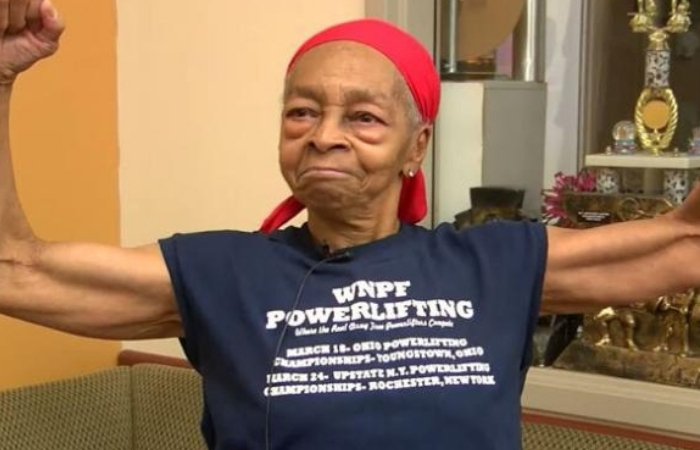 82-Year-Old Bodybuilder Sends Home Intruder to Hospital