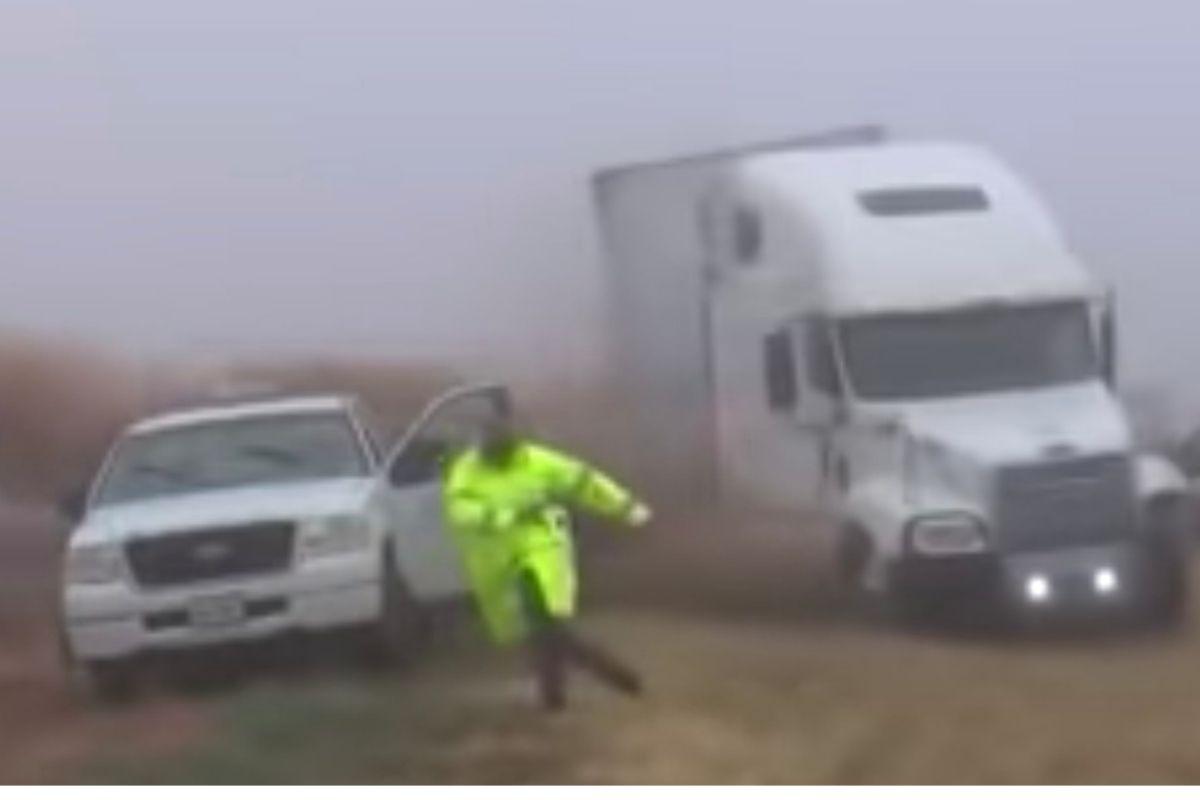 Blinded 18 Wheeler Plows into Police Guiding Traffic Through Fog