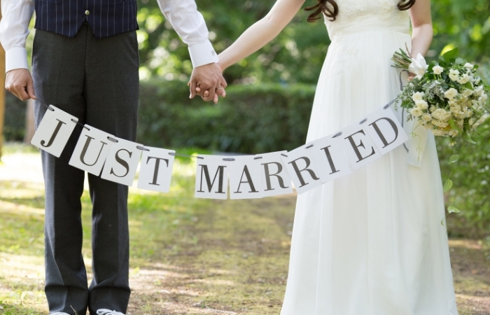 Bride Marries Another Man After Groom Arrives Late to Wedding Ceremony