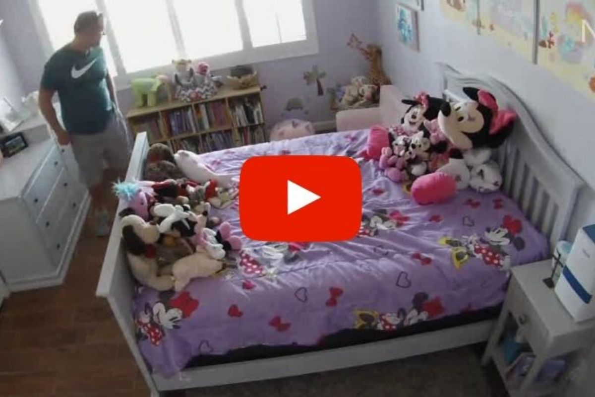 Nanny Cam Catches Federal Agent Smelling 3-Year-Old Girl's Underwear