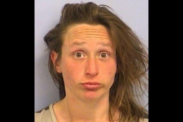 Woman Arrested for Masturbating on Restaurant Patio Continued to Masturbate in Cop Car