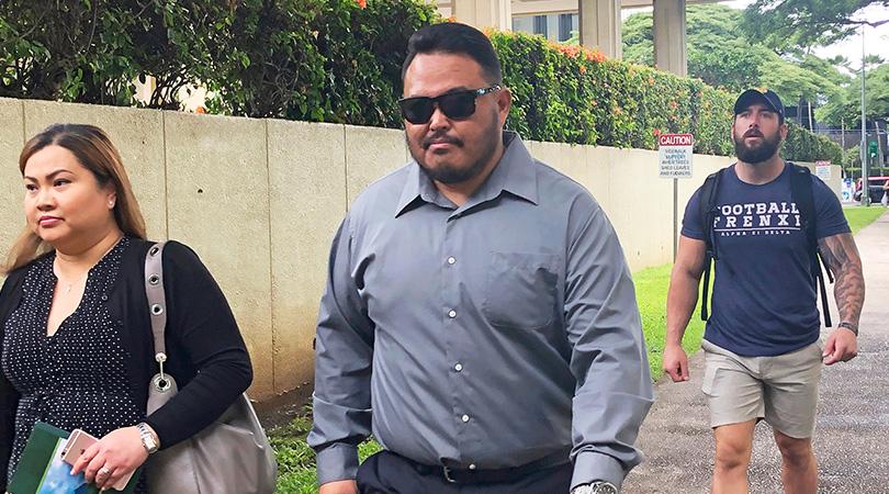 Cop Hawaii Urinal