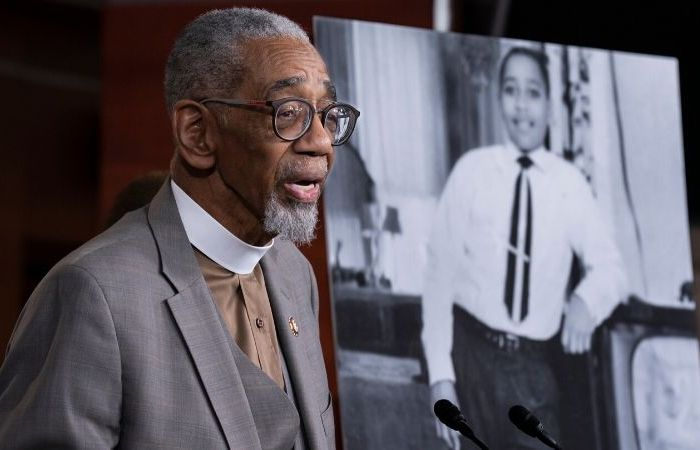 House Makes Lynching a Federal Crime, 65 Years After Emmett Till