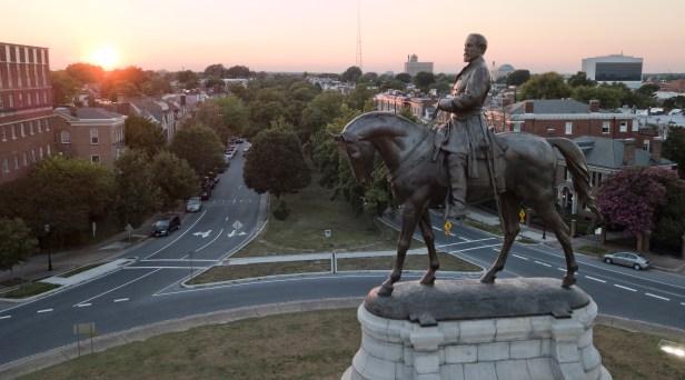 Virginia Lawmakers Approve Confederate Statue Removal Bills