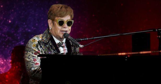 Elton John to Host Benefit 'iHeart Living Room Concert for America'