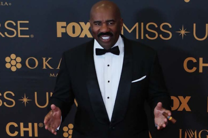 Steve Harvey Told a Group of Strangers He'd Marry One of Them. He Did.