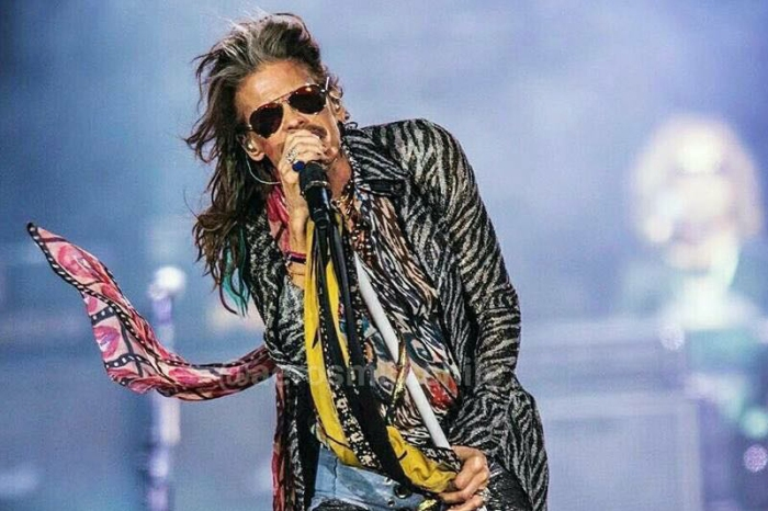 What's Up With Steven Tyler's Feet?