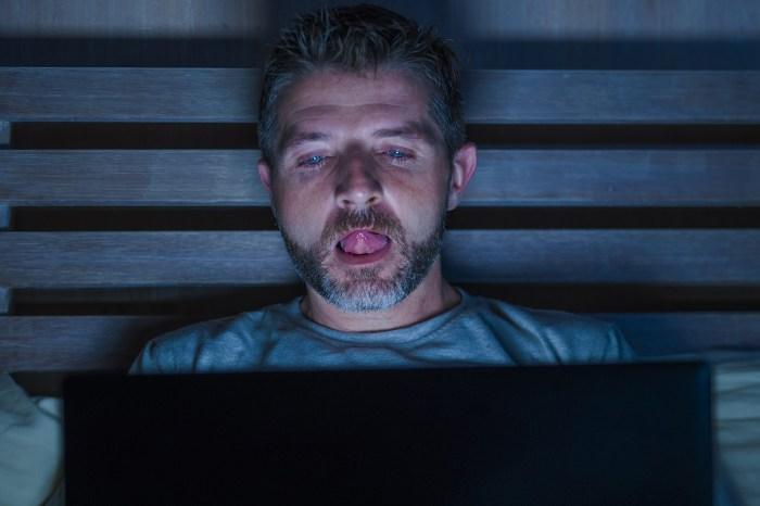 Online Cheating Way Up in Marriages During Coronavirus Quarantine
