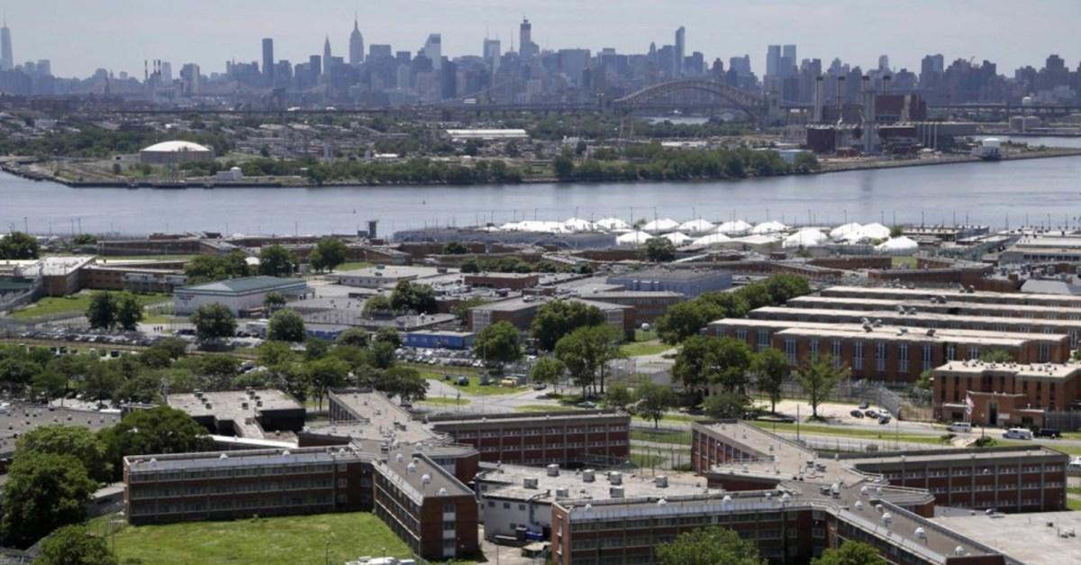 Rikers Island Prisoner Eyeball