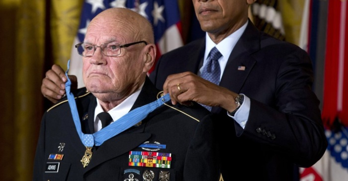 Medal of Honor Winner Lost to Coronavirus; Killed 135 Viet Cong in One Battle While Suffering 18 Wounds