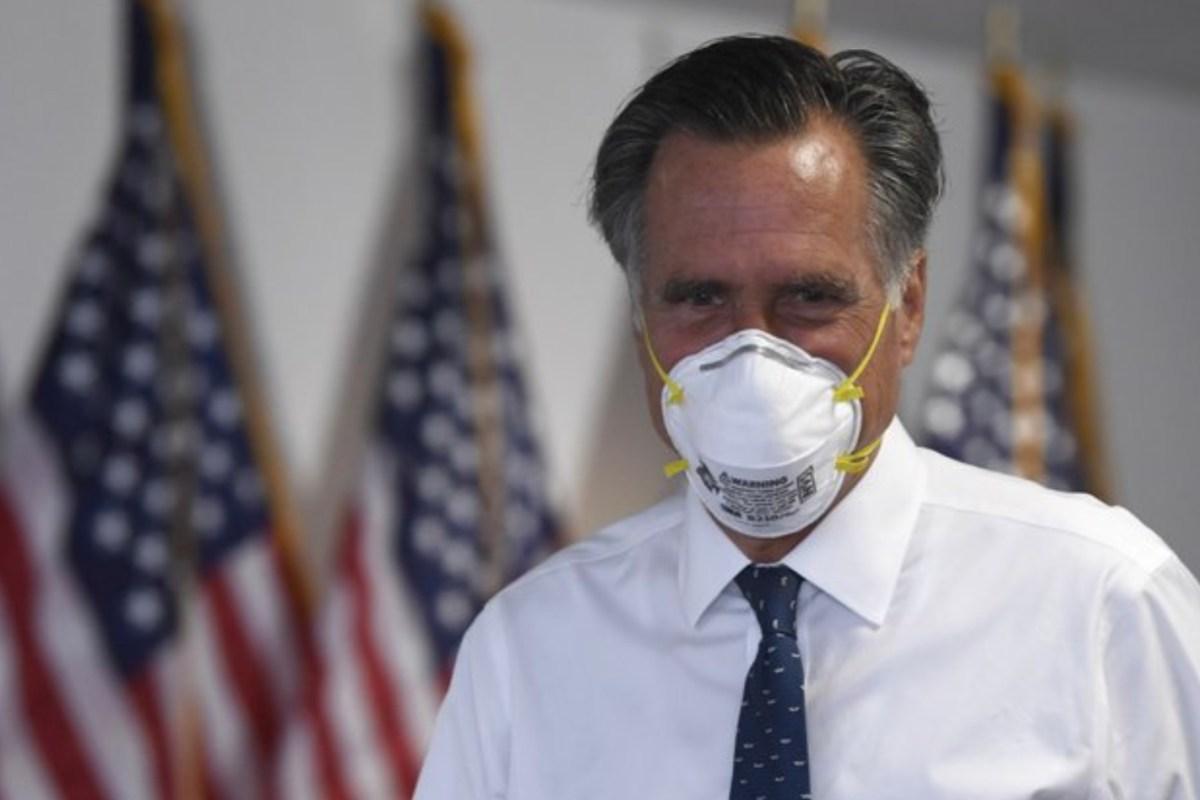 Mitt Romney Donald Trump 2020