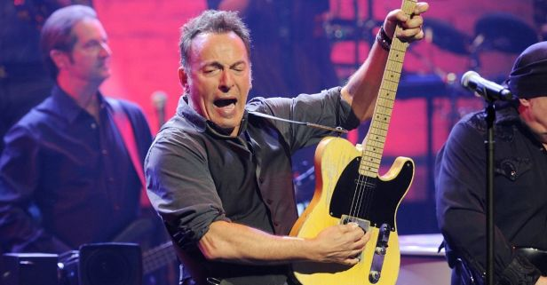 Bruce Springsteen Wants President Trump To 'Put on a F***ing Mask'