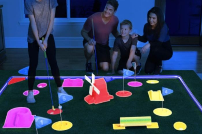 Play Golf Indoors With This Glow-in-the-Dark Mini Golf Set