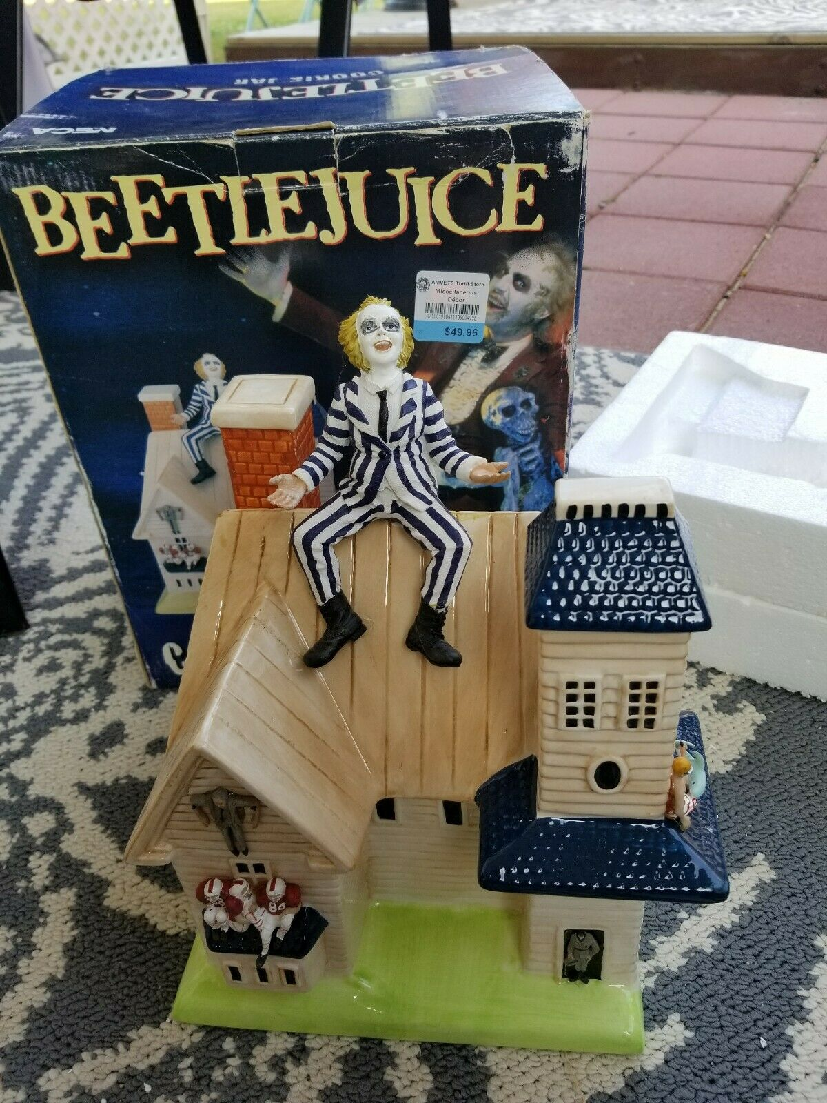 Michael Keaton Beetlejuice Neca Cookie Jar