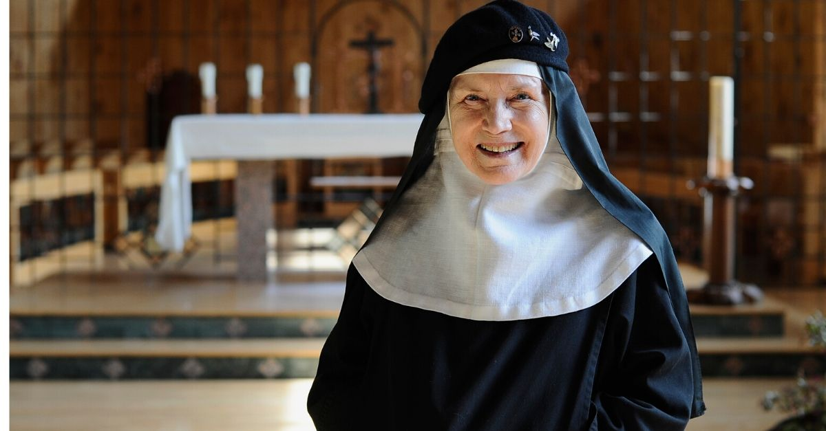 Dolores Hart: From Hollywood Starlet to Catholic Nun