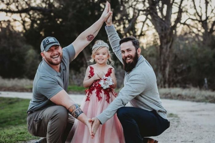 Texas Family Goes Viral After Daddy-Daughter-Stepdad Photoshoot Shares a Sweet Message