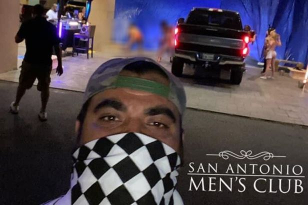 A Texas Men's Club Offered Drive-Thru Entertainment During Coronavirus Pandemic