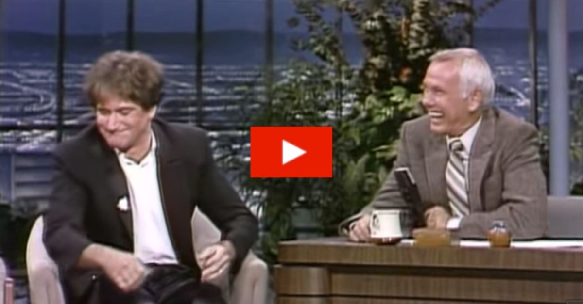 Robin Williams' First Interview with Johnny Carson Still Has Us Laughing