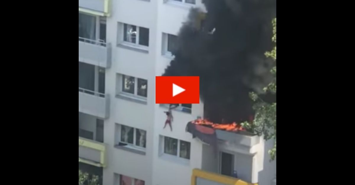 Children Seen Jumping From Burning Apartment Building, Caught by Residents Below
