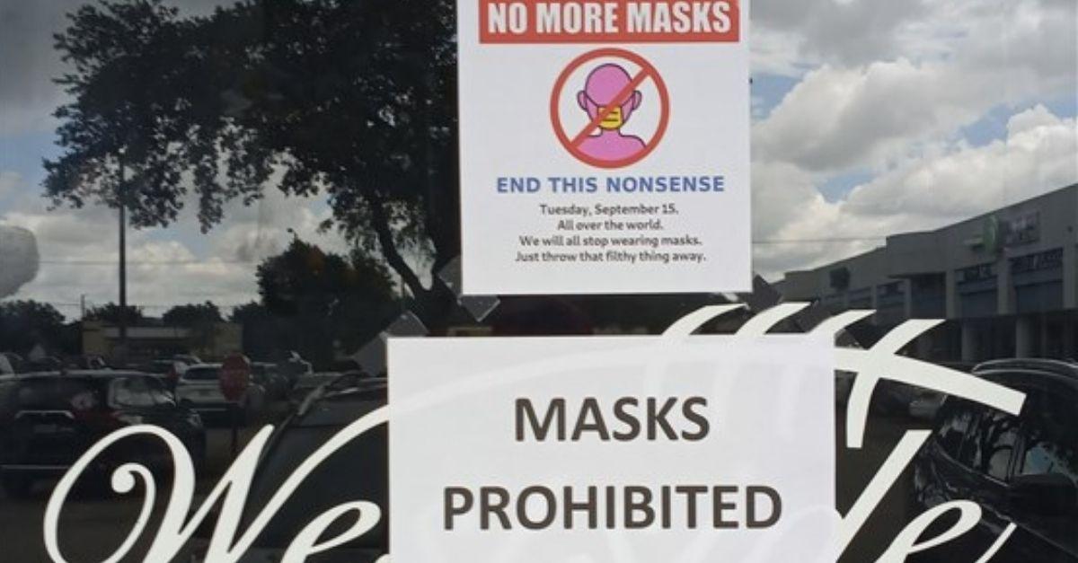 Florida Bar Owner Bans Customers From Wearing Masks
