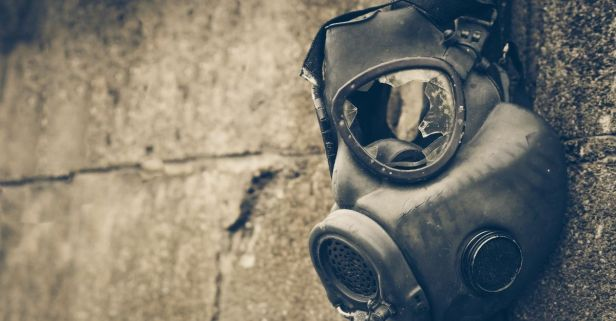 In 1960 the US Government Sprayed Chemical Weapons Throughout Neighborhoods