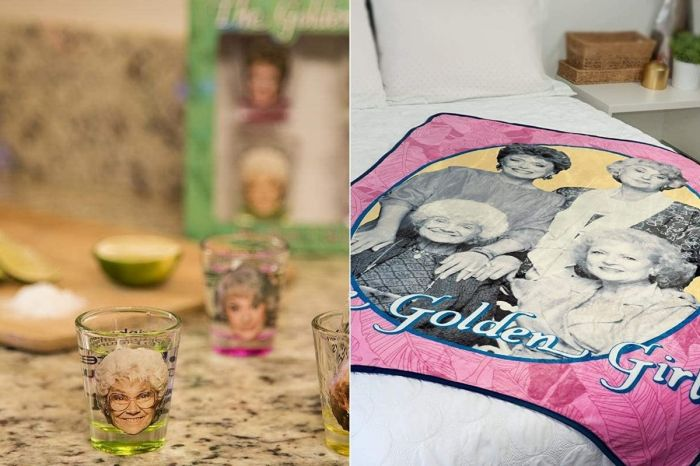 12 Adorable 'Golden Girls' Christmas Gifts Mom Will Love
