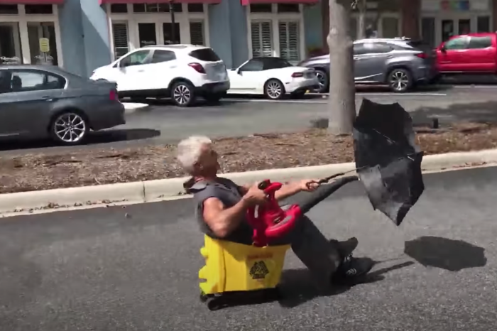 "Florida Man Invents ""Blue-Collar Limousine"" Out of Leaf Blower and Mop Bucket"