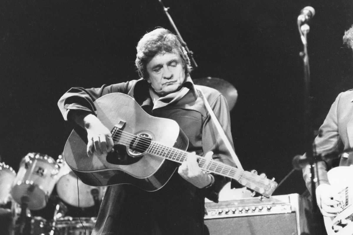 Remembering Johnny Cash's Legendary Performance at Folsom Prison