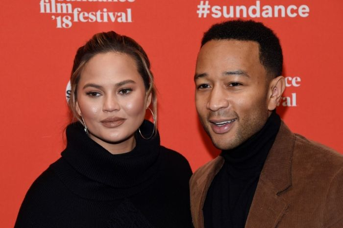 Chrissy Teigen Suffers Pregnancy Loss, Shares Heartbreaking Photos
