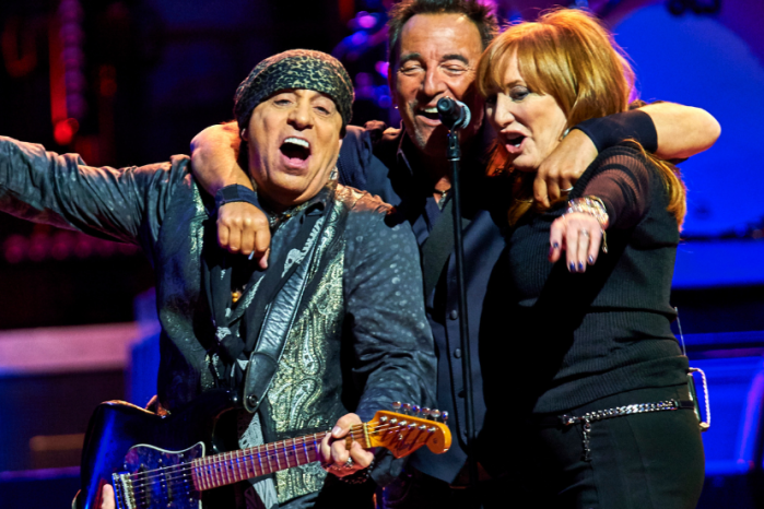 The Meaning Behind Bruce Springsteen's 'When You Need Me'