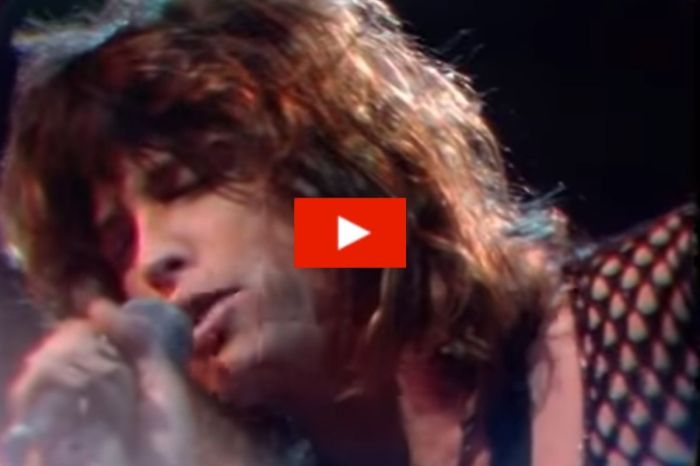 "Watch 26-Year-Old Steven Tyler's Timeless Performance of ""Dream On"""