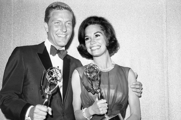 How Mary Tyler Moore Paved the Way for American Femininity