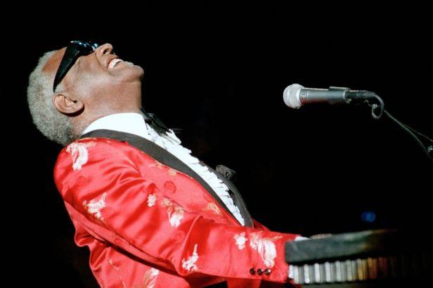 Ray Charles' Last Album, 'Genius Loves Company', is Still a Masterpiece