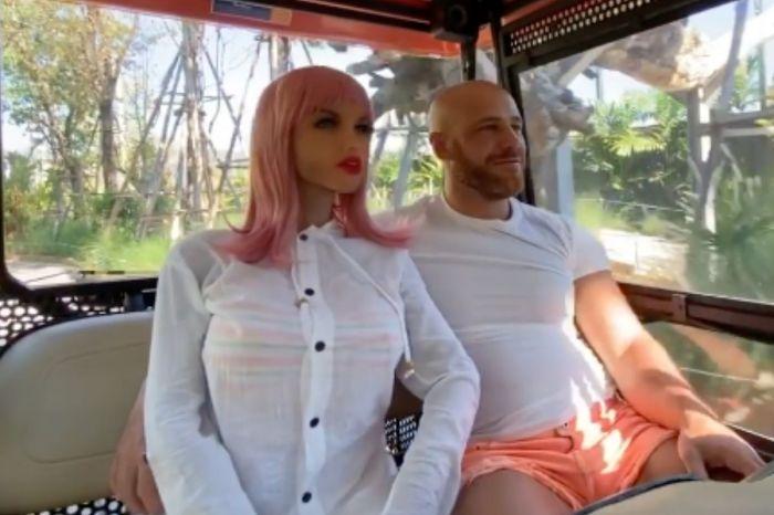 Bodybuilder Marries His Sex Doll Girlfriend After Bizarre Romance